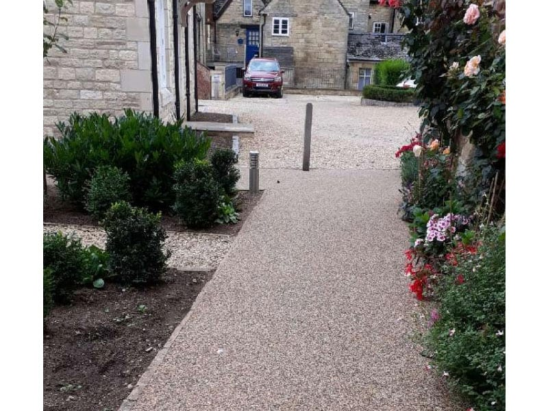 Winchcombe Mews Resin Bound Pathways